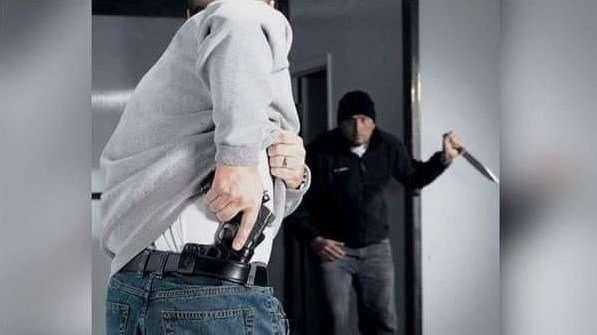 burglar Expert Fighting